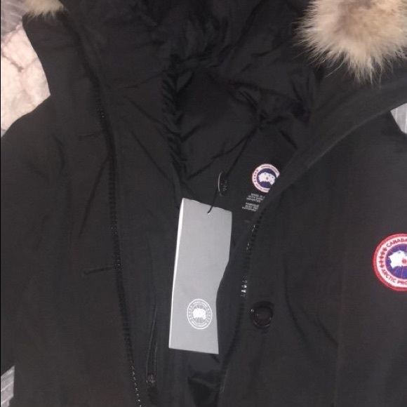 Canada Goose Womens size Large 023f1d7b42